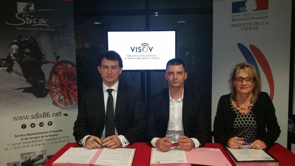 Signature d'une convention avec la Préfecture et les pompiers de la Vienne !